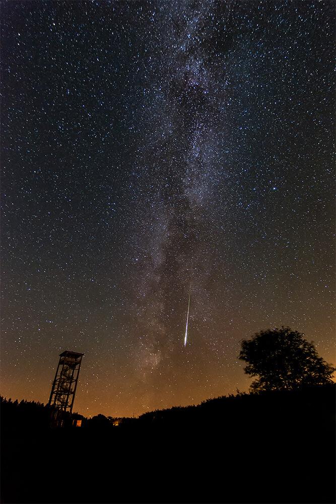 Chasing Infinity - Filip Gawronski