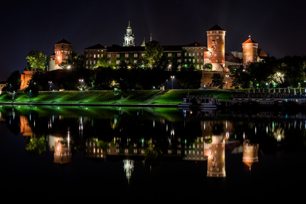 Krakow, Wawel by Night Filip Gawronski