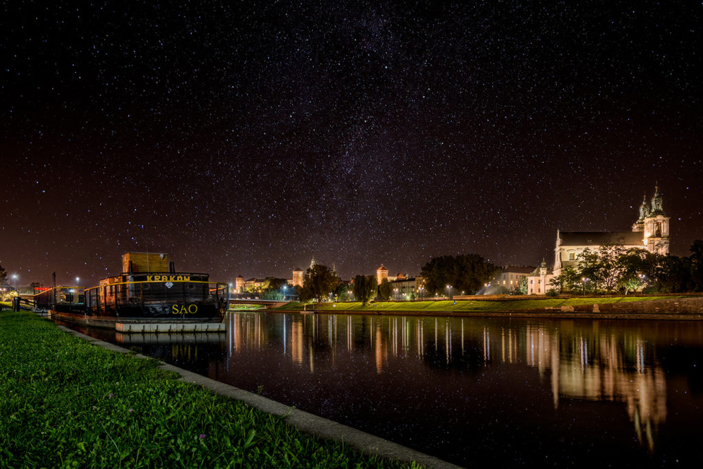 Krakow, Wawel with Milky Way - Filip-Gawronski